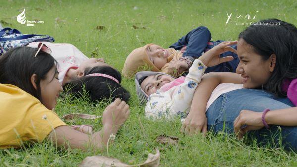 YUNI - film by Kamila Andini - Still 4